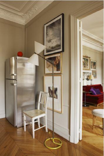 habitually chic interesting apartment in paris. Black Bedroom Furniture Sets. Home Design Ideas
