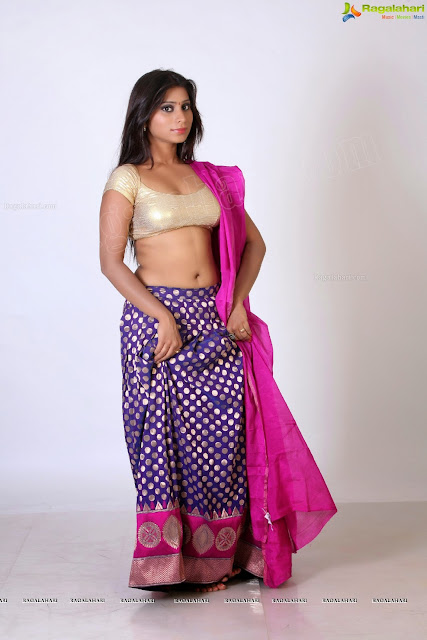 mallu aunty nude enjoying half saree picture   nudesibhabhi.com