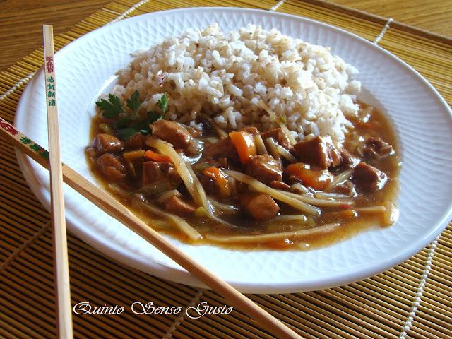 pollo alle verdure piccanti e bambù