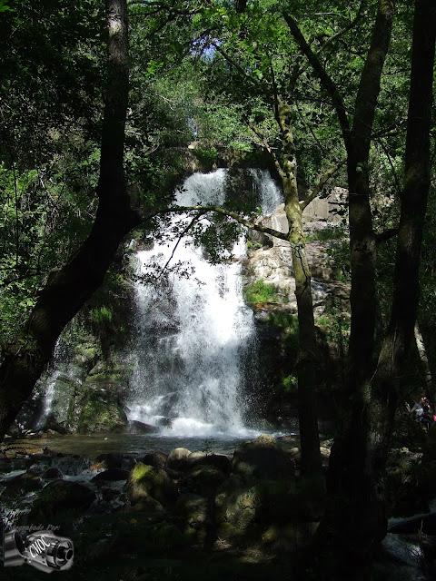 Um fotografia da Cascata da Cabreia, tirada num dia pouco solarengo e frio. Mais uma reliquia do nosso Portugal e um sitio a não perder.