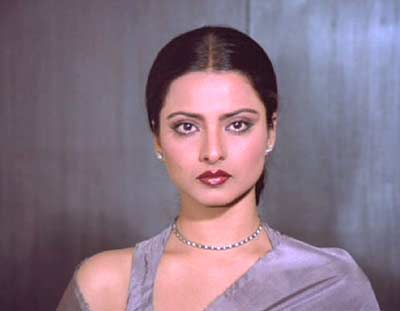 Rekha Hd Wallpapers