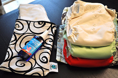 "What's in my ""cloth diaper"" bag"