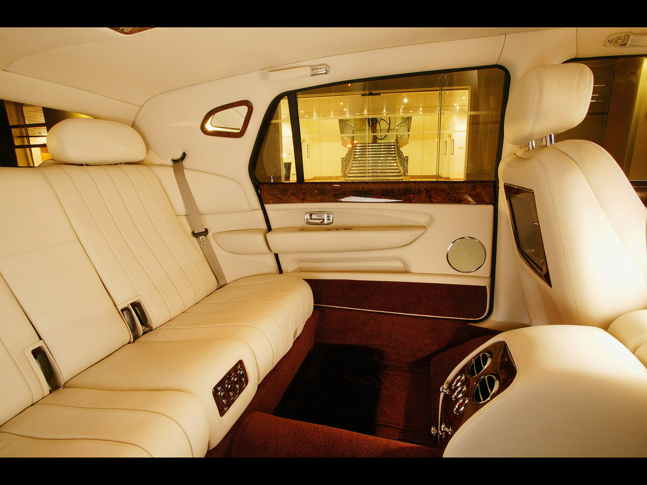sports cars bentley limousine interior. Black Bedroom Furniture Sets. Home Design Ideas