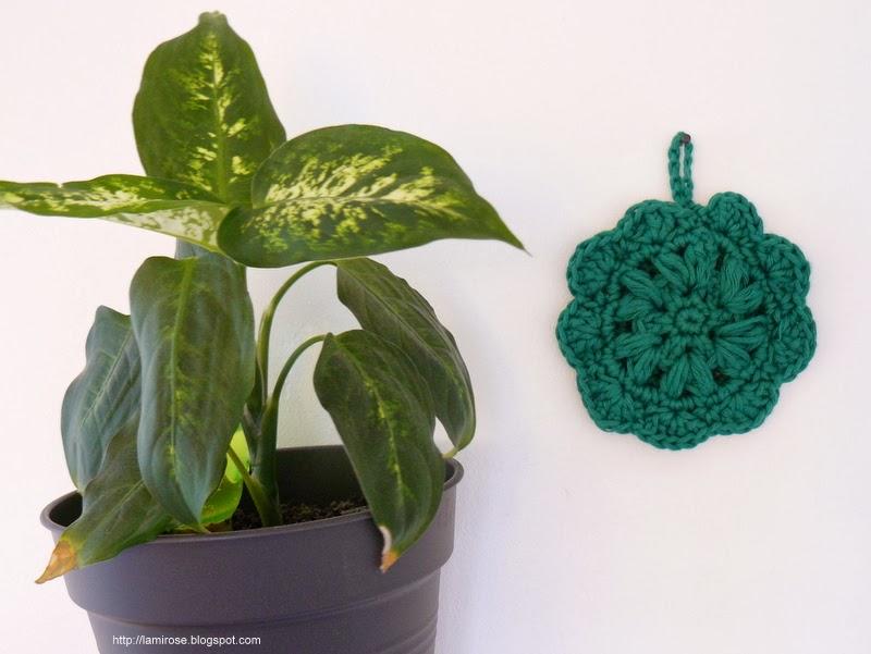 lamirose fleur de cuisine au crochet. Black Bedroom Furniture Sets. Home Design Ideas