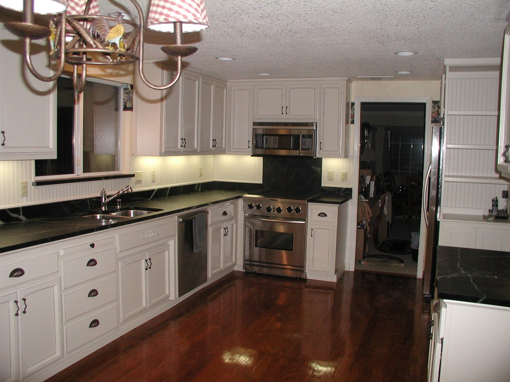 ... Cabinets With Black Countertops. White ...