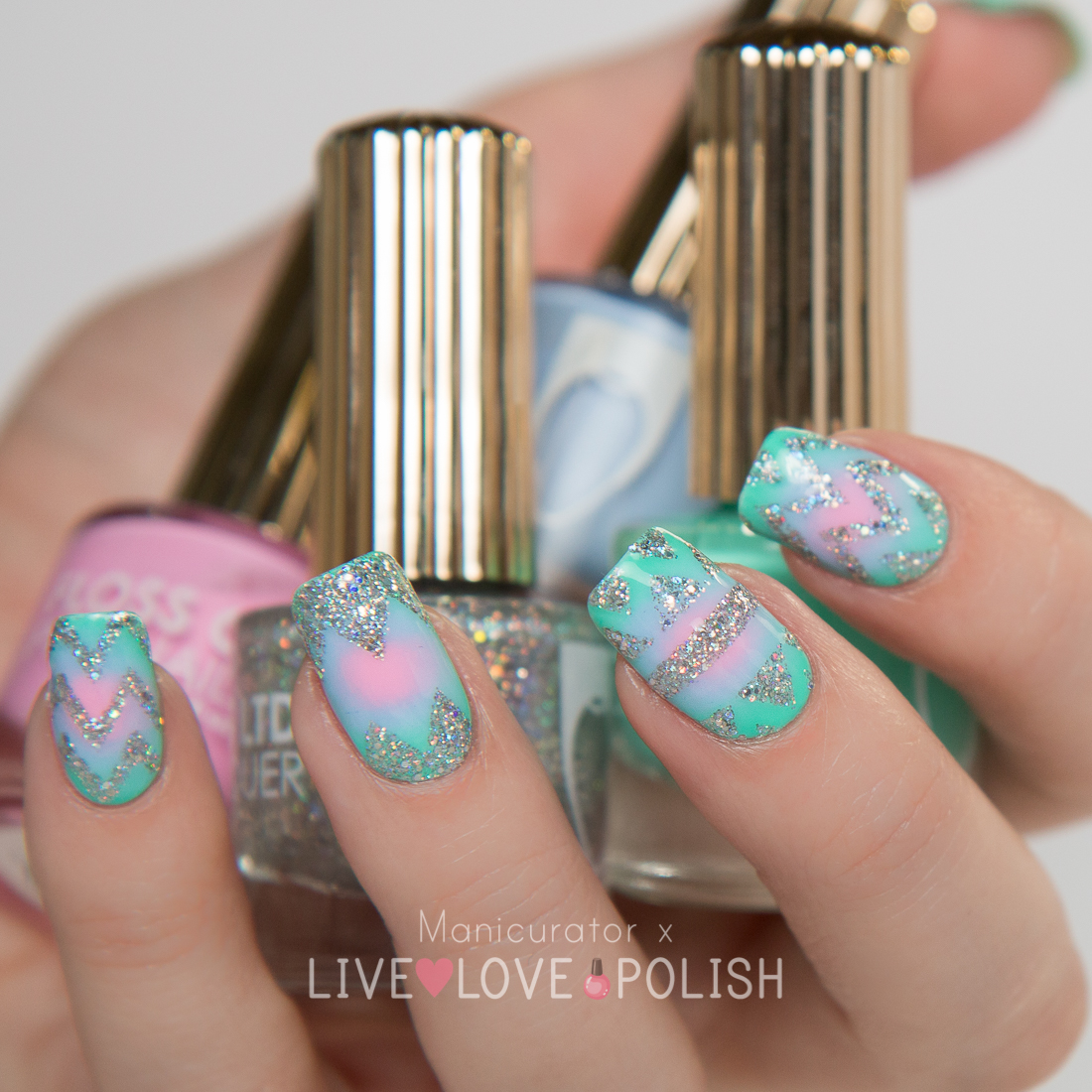 Floss-Gloss-Circular-Gradient-Wet-Perf-Dimepiece-Angel-Nail-Art