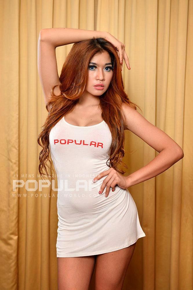 Model Ria Bebong, Model SPG Mobil ~ foto artis cewek