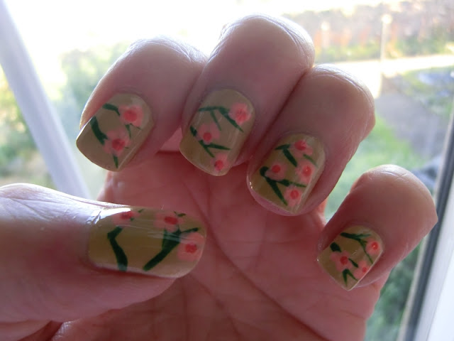 China Glaze Kalahari Kiss Nail Art by Maspooase