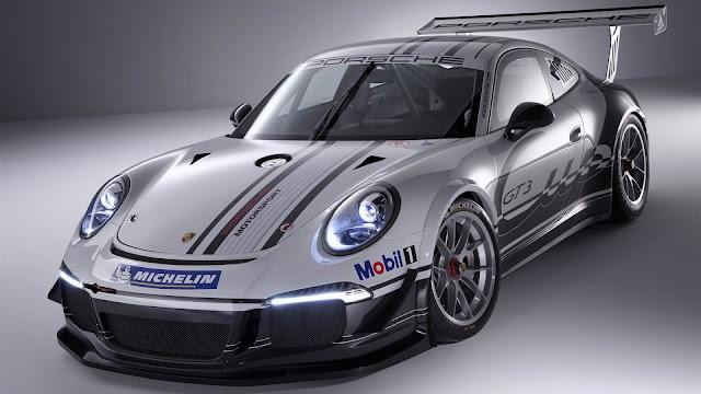 Silver Porsche GT3 991 Race Car