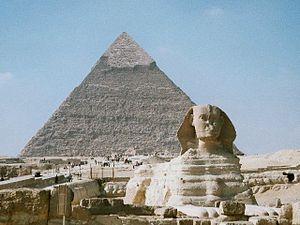 Pirámide de Kefrén y la Gran Esfinge de Guiza.