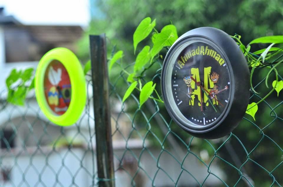 Produk lokal tempatan dari Pop Clock Design