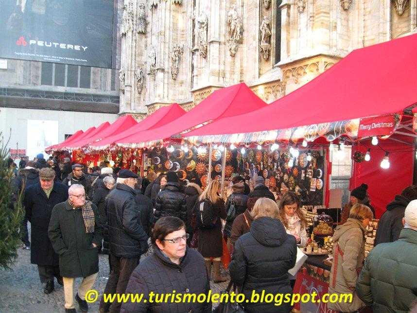 Turismo lento milano mercatino di natale in piazza duomo for Il mercatino milano