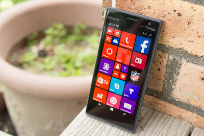 Review Smartphone Microsoft Lumia 735