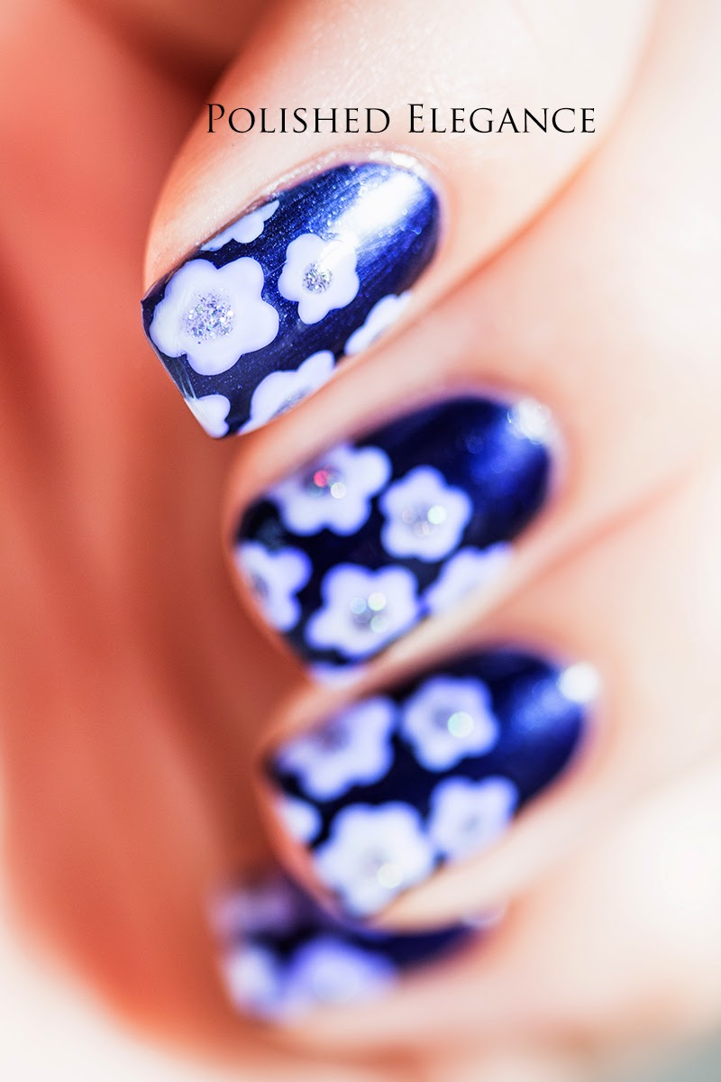 blue and white floral nail art easy simple flower nail art