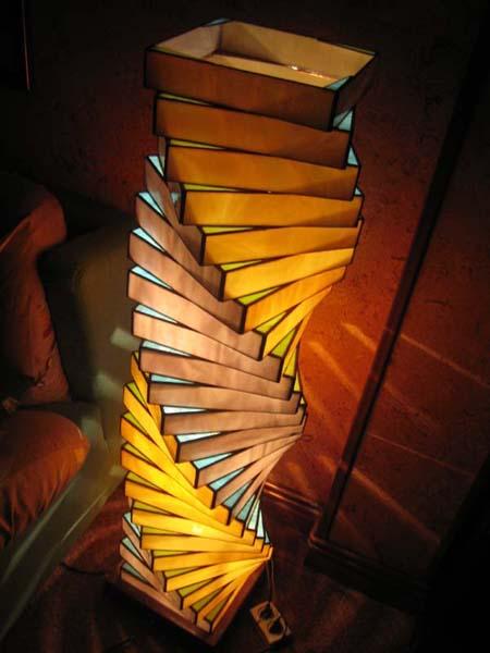 L mparas tiffany artesanales l mpara de pie espiral - Lamparas de pie artesanales ...