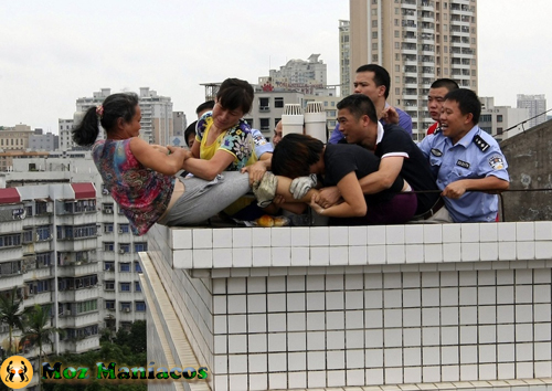 Fotos chocantes de tentativa de suicídio na china