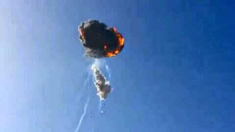 Tên lửa Falcon 9R của Mỹ nổ tung ngay sau khi rời bệ phóng hồi tháng 8/2014
