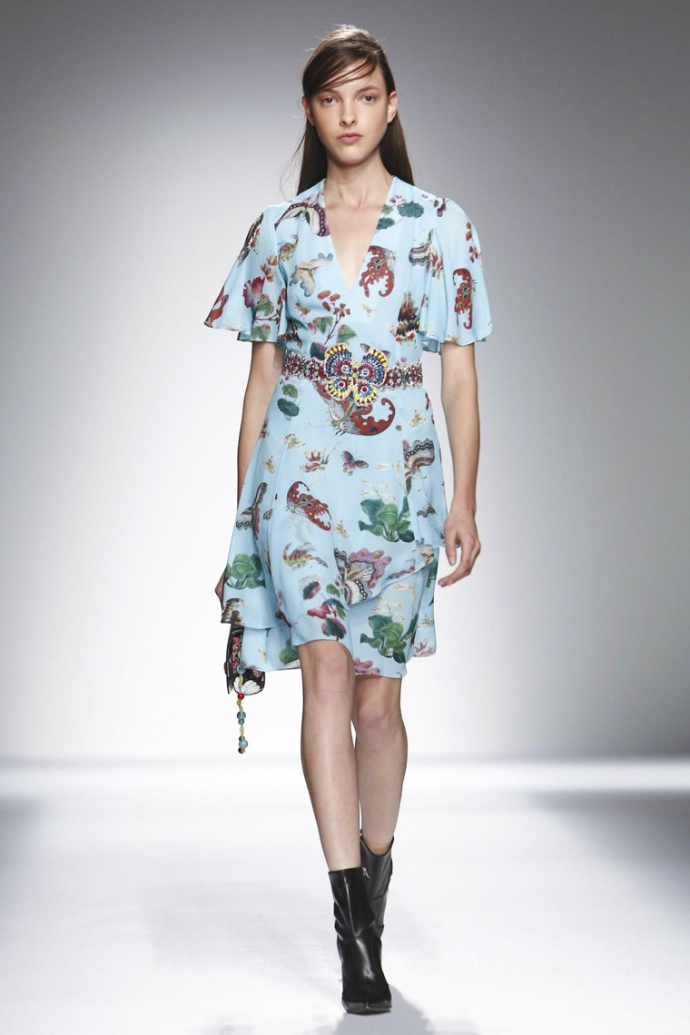 Andrew-Gn, Andrew-Gn-ss16, Andrew-Gn-spring-summer, Andrew-Gn-spring-summer-2016, Andrew-Gn-spring, Andrew-Gn-printemps-eté, Andrew-Gn-printemps-ete-2016, du-dessin-aux-podiums, dudessinauxpodiums, vintage-look, dress-to-impress, dress-for-less, boho, unique-vintage, alloy-clothing, venus-clothing, la-moda, spring-trends, tendance, tendance-de-mode, blog-de-mode, fashion-blog, blog-mode, mode-paris, paris-mode, fashion-news, designer, fashion-designer, moda-in-pelle, ross-dress-for-less, fashion-magazines, fashion-blogs, mode-a-toi, revista-de-moda, vintage, vintage-definition, vintage-retro, top-fashion, suits-online, blog-de-moda, blog-moda, ropa, asos dresses, blogs-de-moda, dresses, tunique-femme, vetements-femmes, fashion-tops, womens-fashions, vetement-tendance, fashion-dresses, ladies-clothes, robes-de-soiree, robe-bustier, robe-sexy, sexy-dress