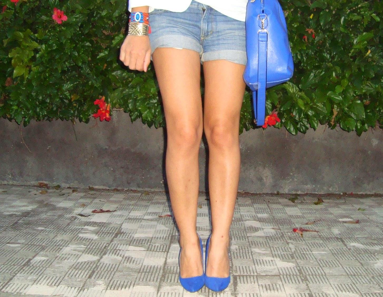 shorts, décolleté, blue
