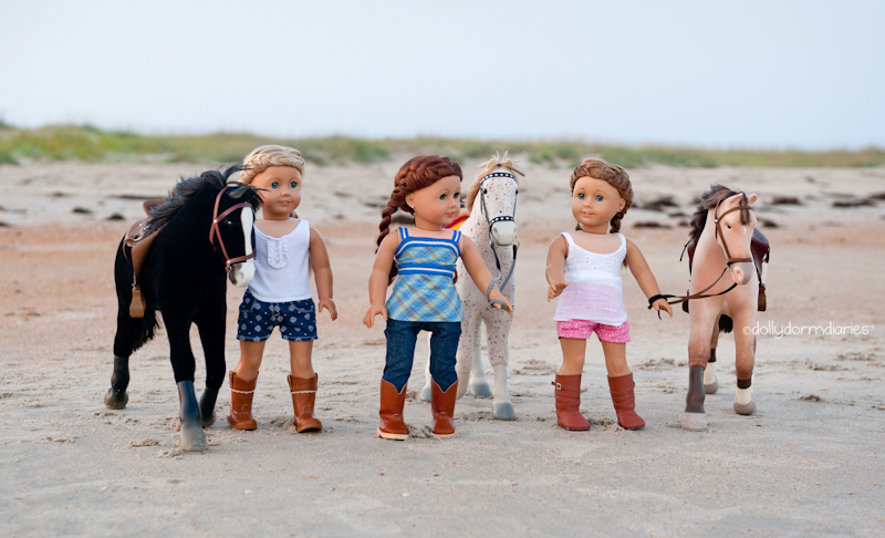 Our American Girl doll adventures - Follow our 18 inch doll diaries at our American Girl Doll House. Visit our 18 inch dolls dollhouse!