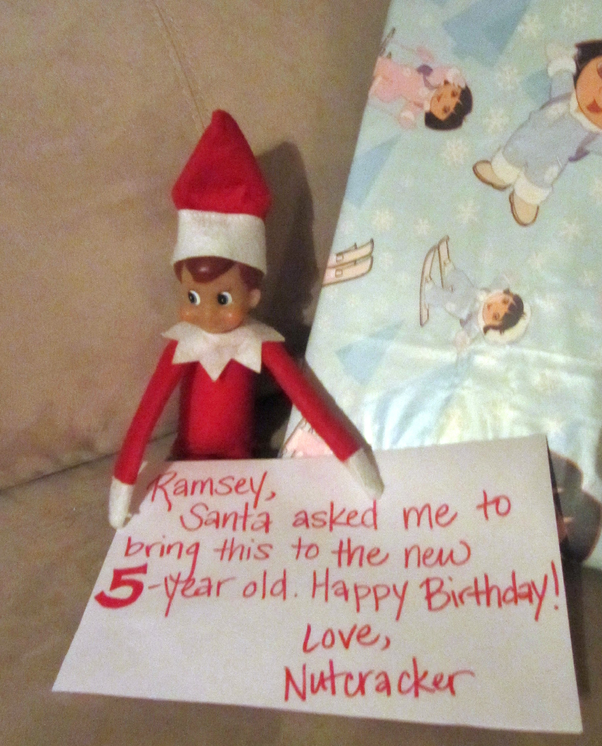 Lizzi's Creations: This Week In Elf On A Shelf #2
