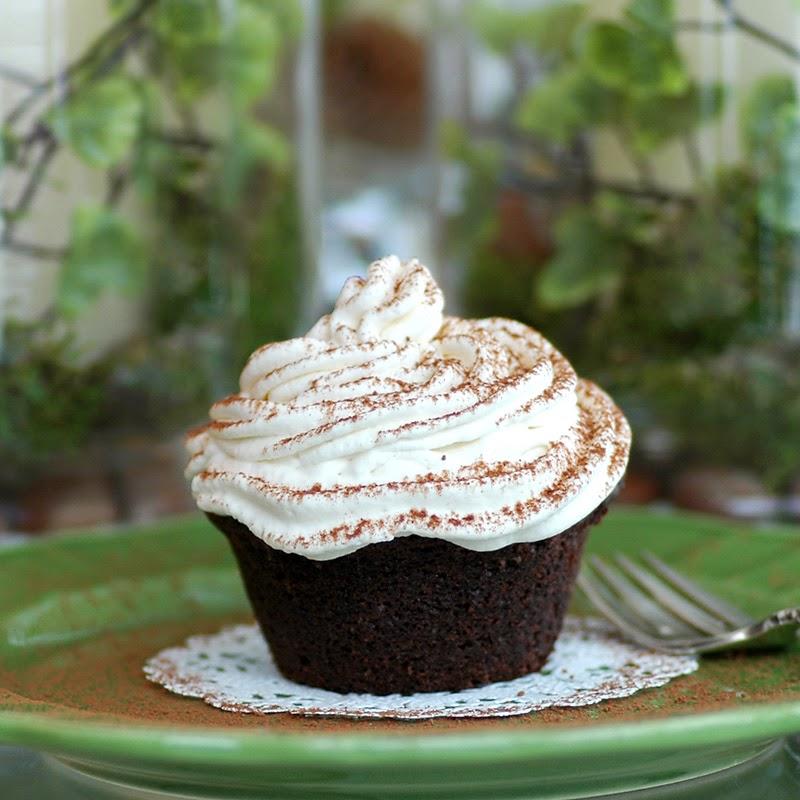 Irish Pub Cupcakes
