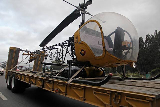 Este Bell OH-13 Sioux de la Fuerza Aérea Colombiana fue la primera aeronave en ser transportada al nuevo Museo Aerospacial Colombiano