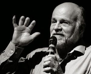 Kurt Diemberger. Pueden verse los efectos de las congelaciones que sufrió en 1986