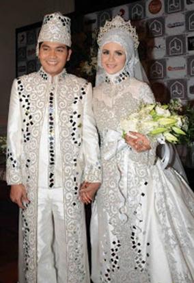 Contoh Model Kebaya Muslim Terbaru 2015