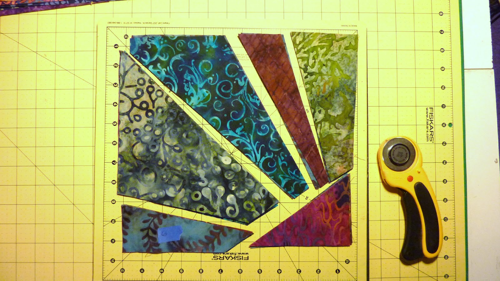 Busy Bee No 16 Supernova Quilt An Easy Stack And Whack
