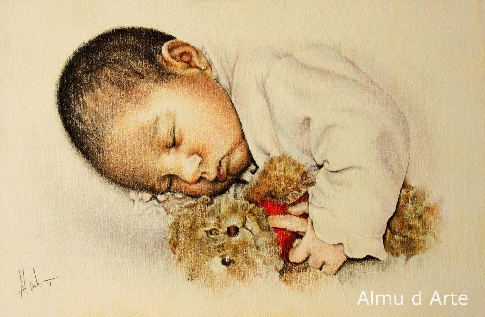 Retrato de un bebé con lápices de colores