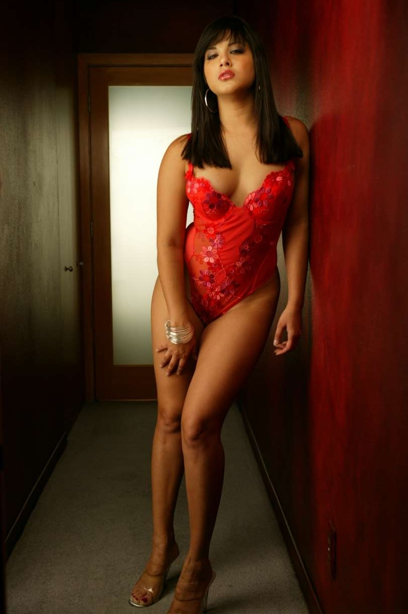 Actress Namitha Big Boobs
