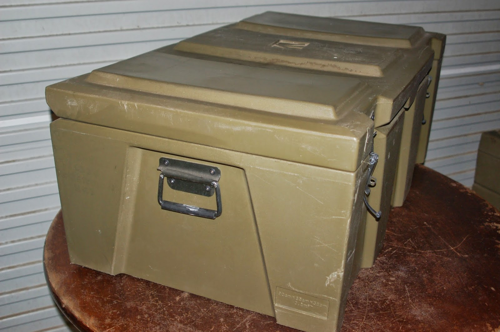 The lid is hinged on one side with heavy duty clips to seal the box. & SurQuip : Space Case. Ex Army. Military surplus. Spacecase Trunk ...