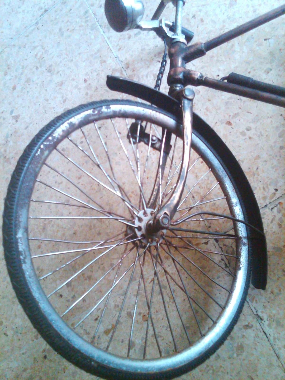 Toko Barang Bekas-ku: Miniatur Sepeda Ontel Antik