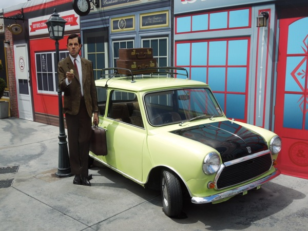 Hollywood Movie Costumes And Props Mr Bean 39 S Holiday Mini Movie Car On Display Original