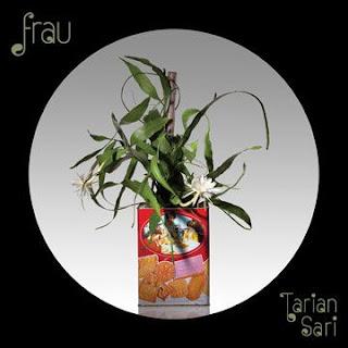 Frau - Tarian Sari