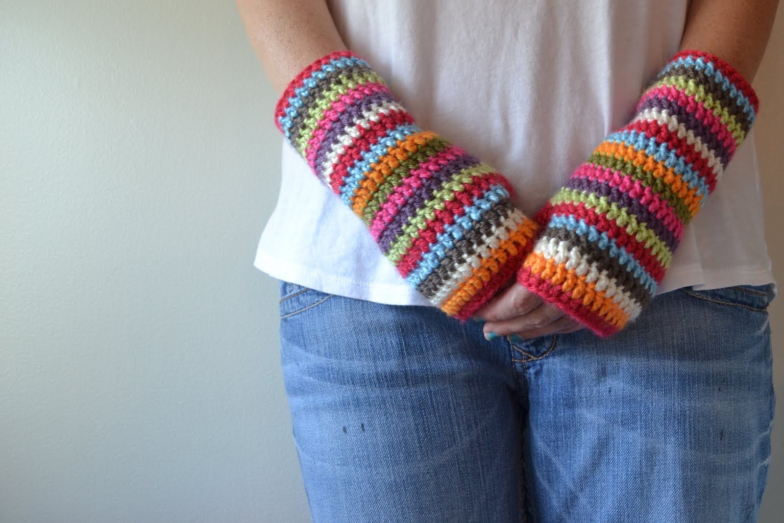 Crochet Patterns Gloves Fingerless : Crochet in Color: Colorful Stripey Fingerless Mitts