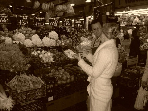 Photo - Grocery Shopping in Barcelona