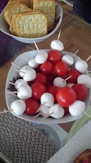 tomate cerise et mozzarella