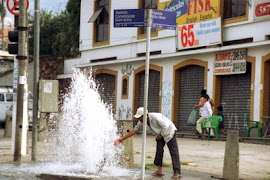 Empresas desperdiçam 40% de água