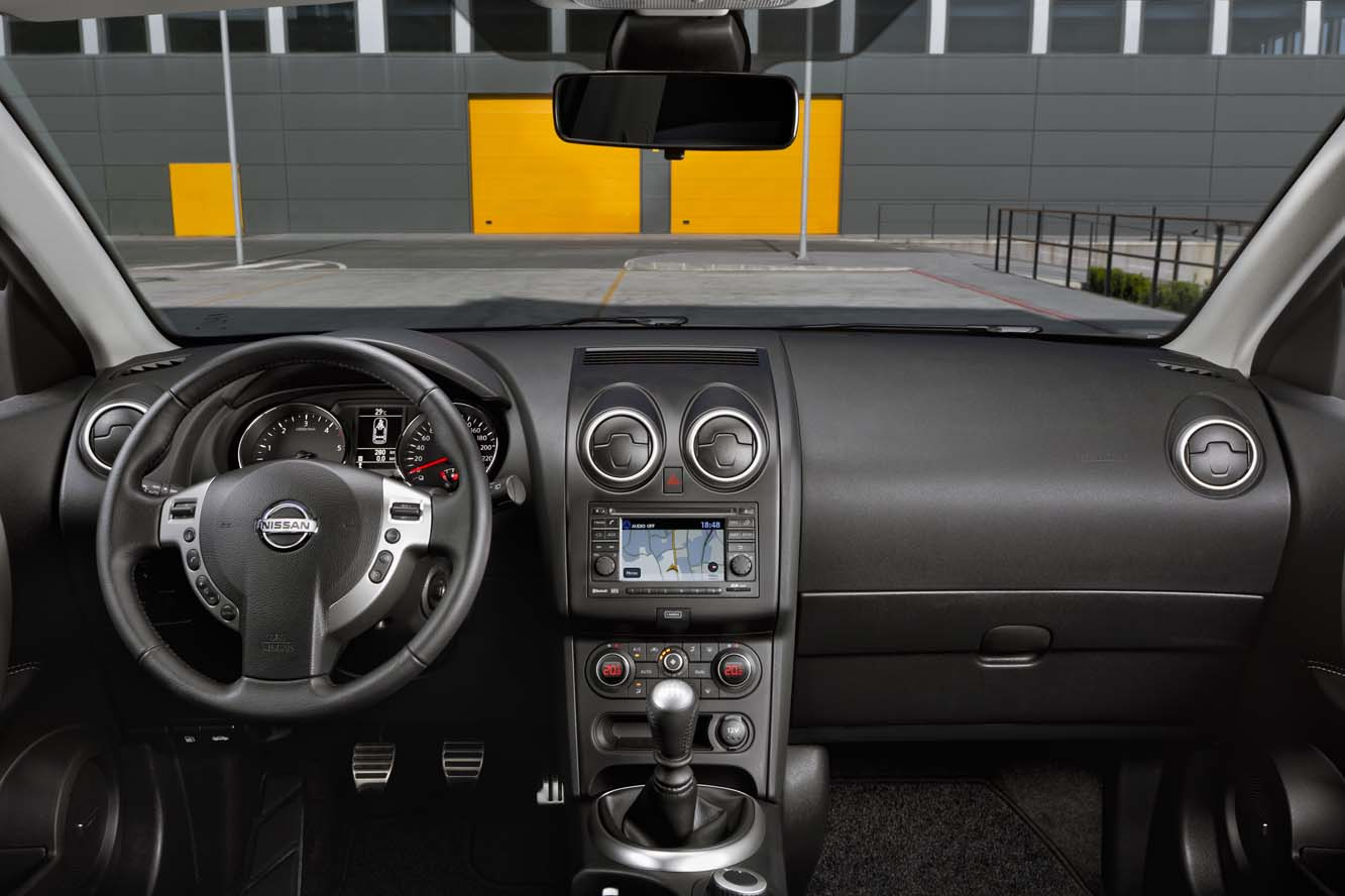 datsun nissan z one nissan qashqai techview edition. Black Bedroom Furniture Sets. Home Design Ideas