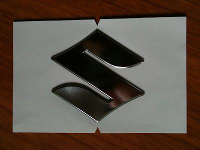SUZUKI EMBLEM S (68111-18G20-000)
