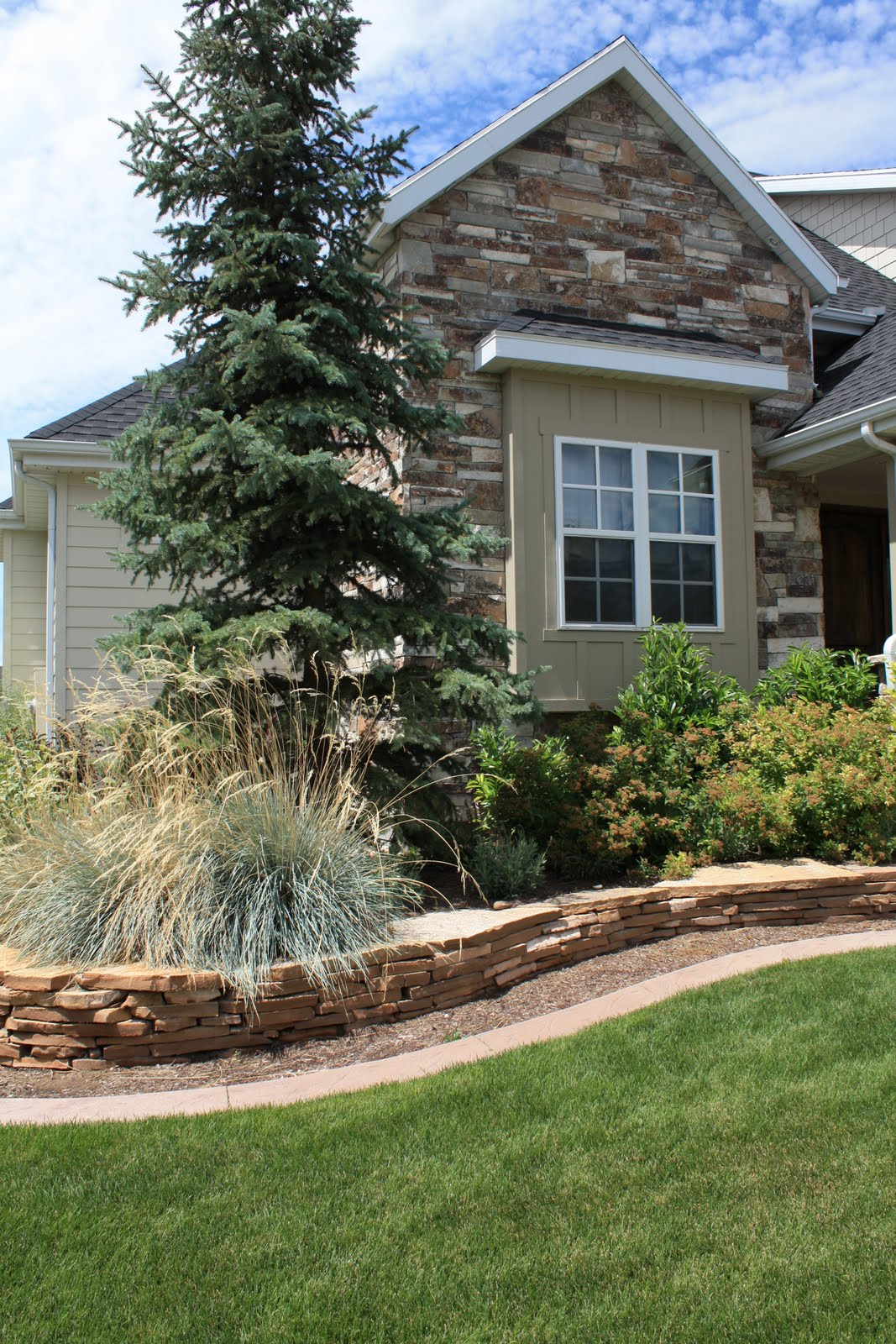 Landscaping utah wasatch summit salt lake counties for Landscape design utah