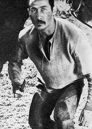 Суйменкул чокморов родился 9 ноября 1939