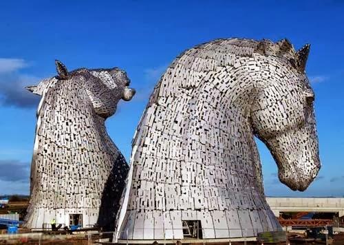 مذهل: لأبراج حصان اسكتلندا!