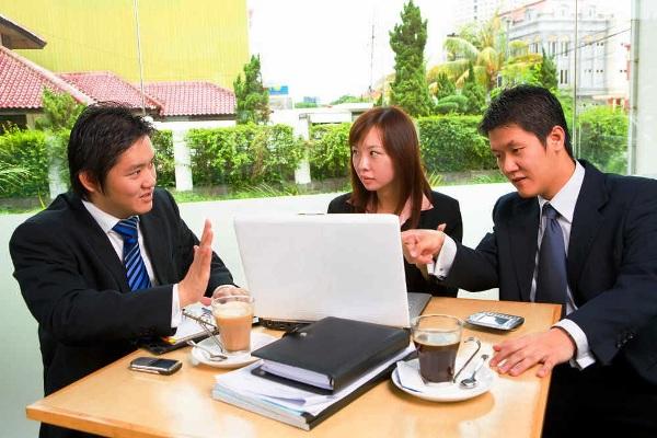 Percakapan bisnis. Kotabumi Lampung Utara