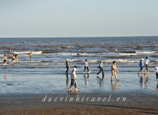 Cho thuê xe đi biển Quất Lâm Nam Định du lịch hè 1