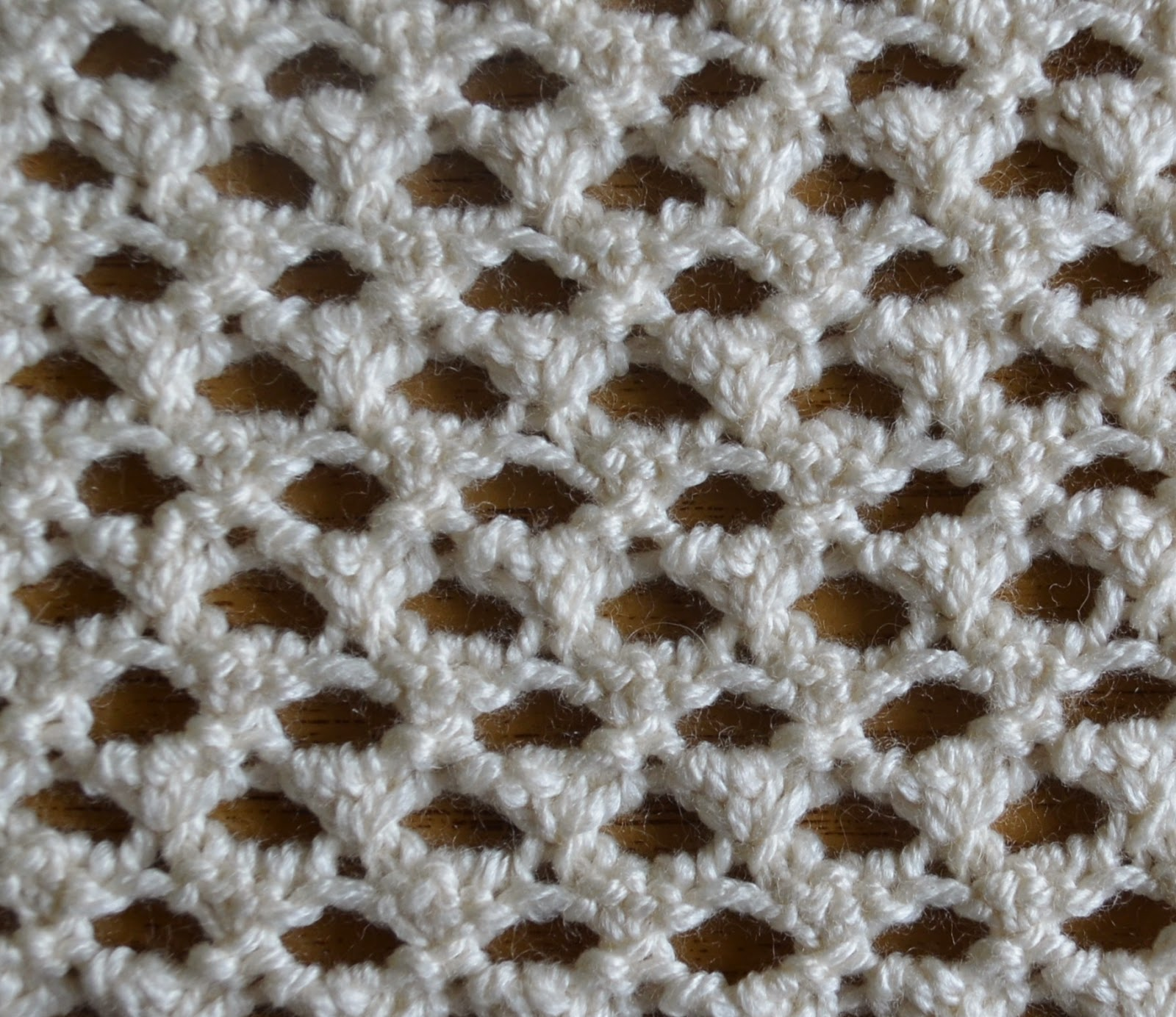 Textured Knits: CAT\'S EYE STITCH