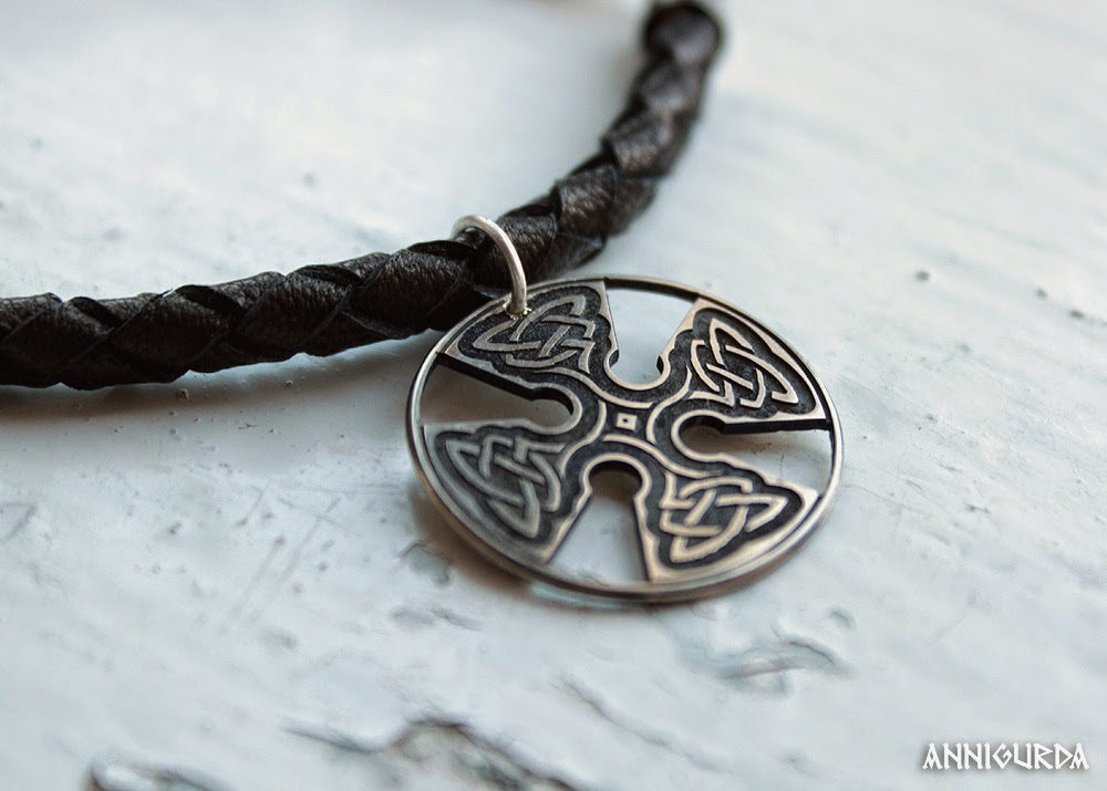 украшение, кулон, колье, серебро, кожа, крест, кельтика, минимализм, агат, камни