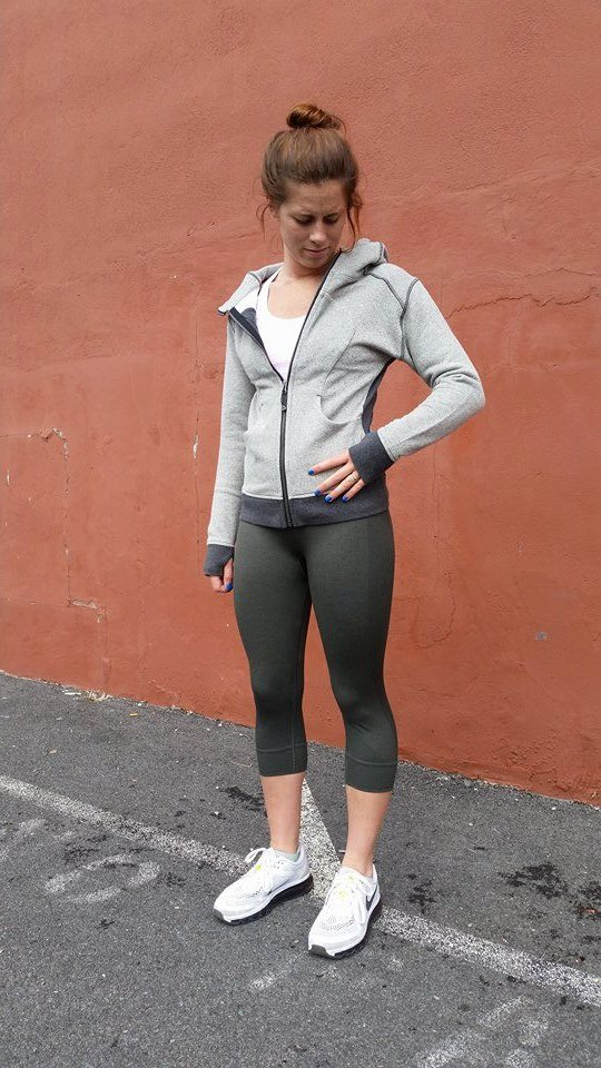 lululemon-gator-green-seamlessly-street-crop on-the-daily-hoodie